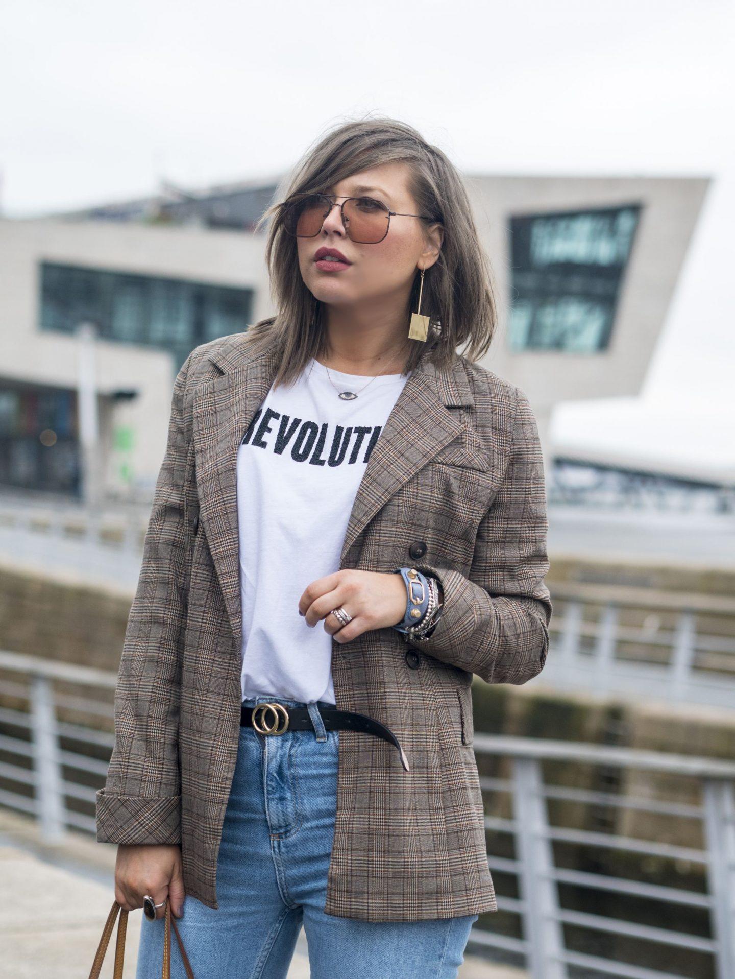 manchester fashion blogger , femeile revolution, check blazer, Louis Vuitton, topsjop straight jeans , manchester