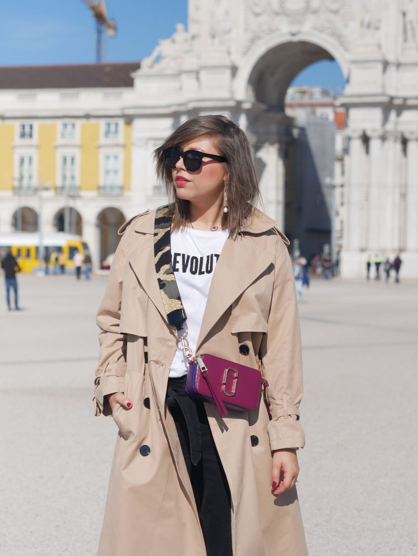 manchester fashion blogger , manchester , oversized trench , marc jacobs bag, manchester fashion bloggers